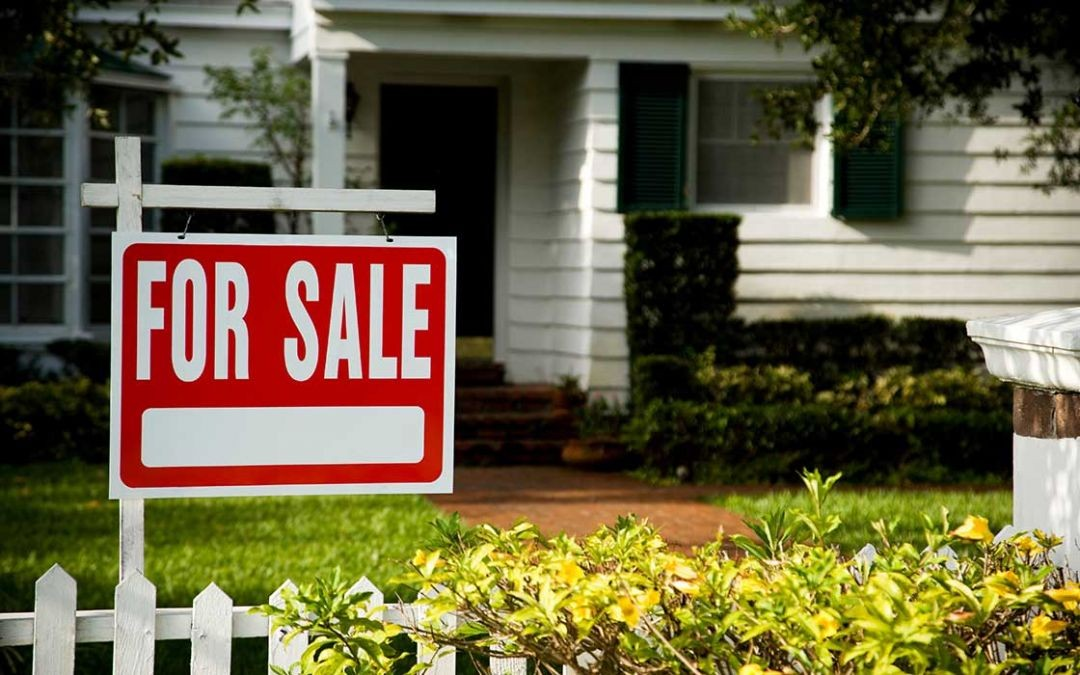 Existing Home Sales Rise Slightly for the First Time in Four Months