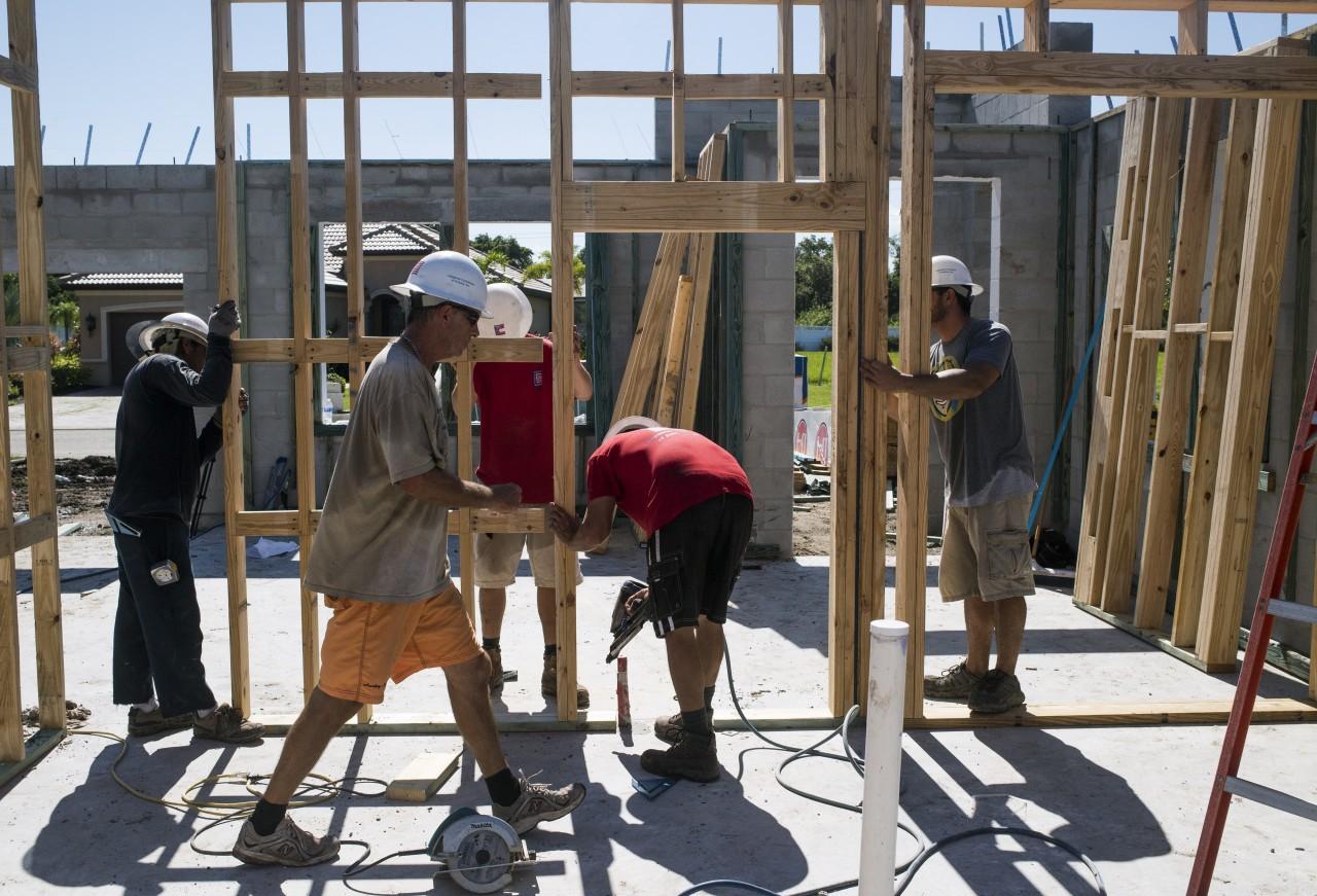 Builders Pull Back on Housing Starts