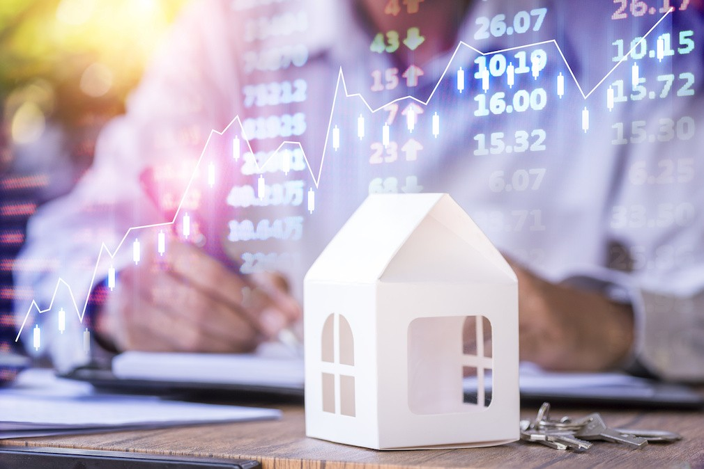 Mixed Messages in New Home Purchase Application Data